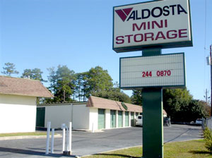 Attrayant If You Need Affordable Self Storage In Valdosta, GA, Look No Further!  Valdosta Mini Storage Is Known For Providing Outstanding Customer Service  And A Clean, ...